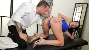 Brazzers - Azul Hermosa - Diva For A Day