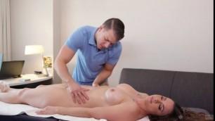 Dream Massage Chanel Preston Complementary Massage