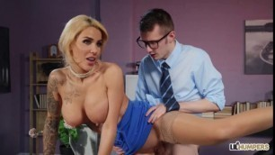 Lil Humpers Blonde Alice Judge Humped And Focused