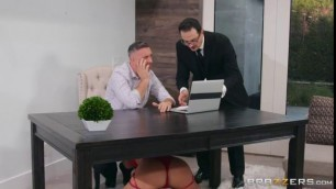 Realwifestories Nina Elle Crawling To Another Cock Girl With Big Ass Hole