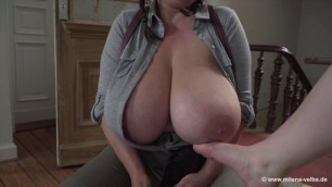 Milena Velba Mia Shoe Shine Girl Feet touching huge breasts