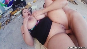 Big Booty Anastasia Lux Gets Outdoor Drilled Hard