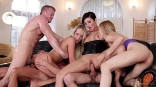 Gabrielle Gucci Jenny Simons Gina Momelli Swingers Orgies 8