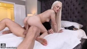 Elsa Jean natural tits getting fucked Teen Fetish FootsieBabes