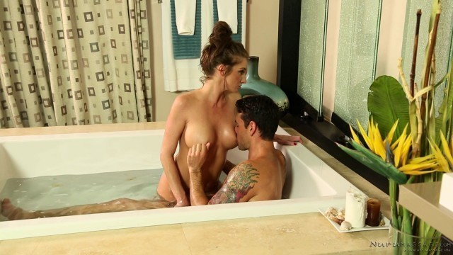 Silvia Saige Mommy Fantasy Sensual sex after a shower