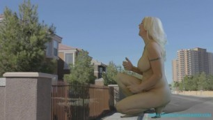 GIANTESS GROWTH - Pill Allows Timid Mother to Transform into Growing Godess