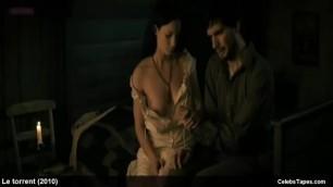 Nackt  Gemma-Leah Devereux Topless Review