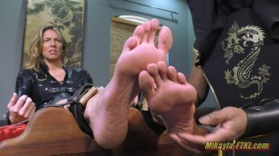 Foot pain and tickling