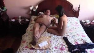 Abuelo peruano follando con amante