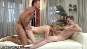 Deep Fuck, Steamy Threesome Casting Of Jenny Wild